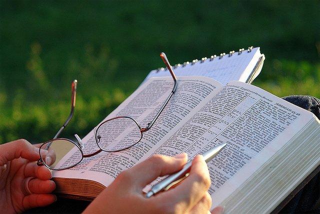 La teología simbólica: una teología abierta al hombre