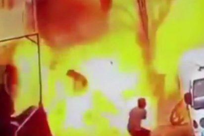 Así fue el momento exacto del bombazo islámico en Manbij que mató a varios soldados de EEUU