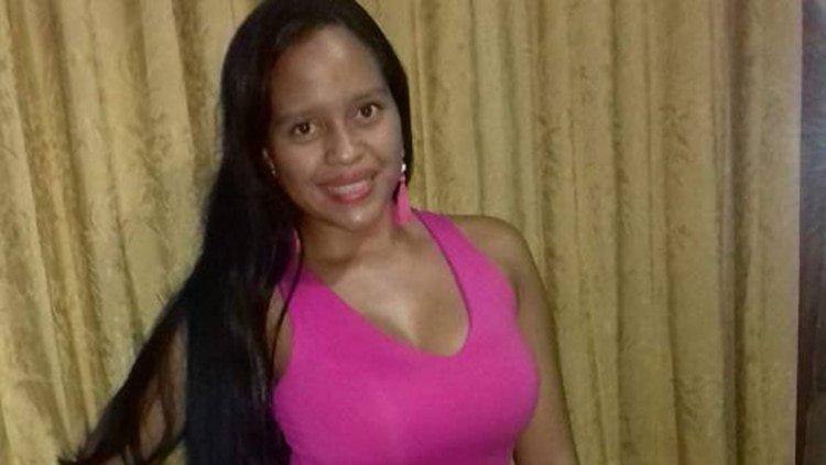Espeluznante feminicidio en Colombia: La torturan, le sacan un ojo y atan a un árbol con alambre de púas
