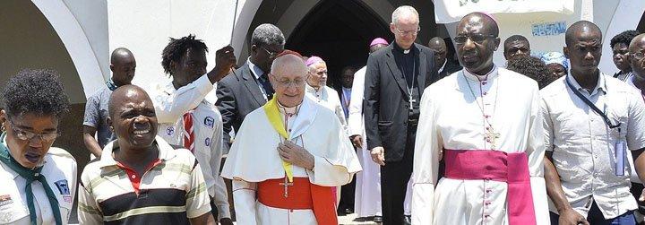 """Cardenal Filoni: """"En África casi todos los obispos son ya nativos"""""""