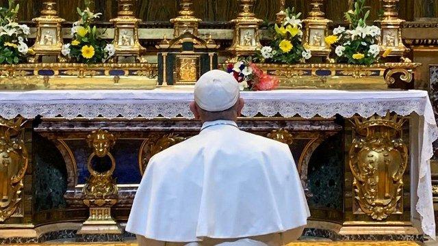 El Papa encomienda a la Virgen su viaje a Panamá y la JMJ