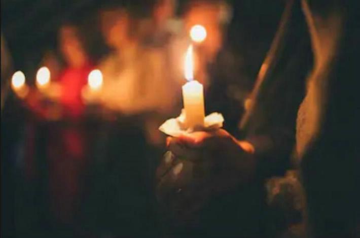 Un hombre se prende fuego en plena misa en México