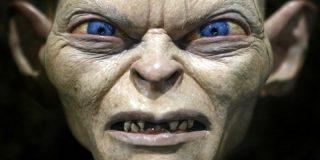 El actor que encarnó a Gollum vuelve a trolear a May