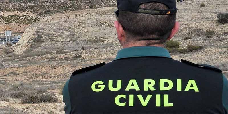 Un guardia civil fuera de servicio neutraliza y atrapa a los tres atracadores de una anciana de 91 años