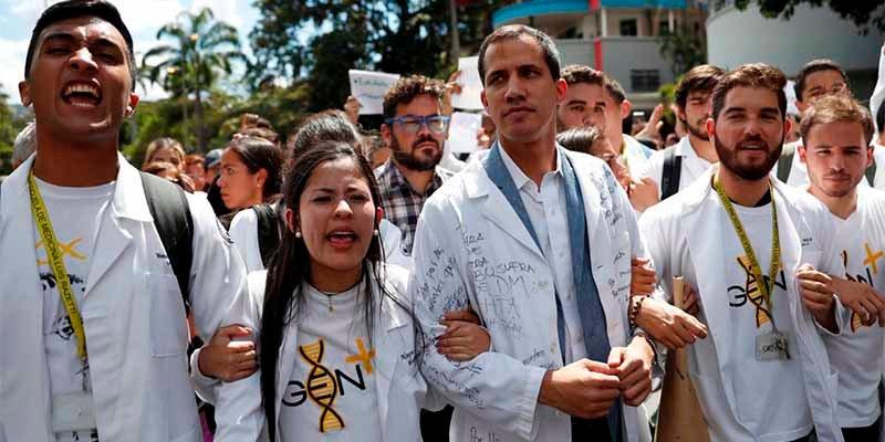 El presidente Guaidó lanza una nueva movilización callejera contra el tirano Maduro