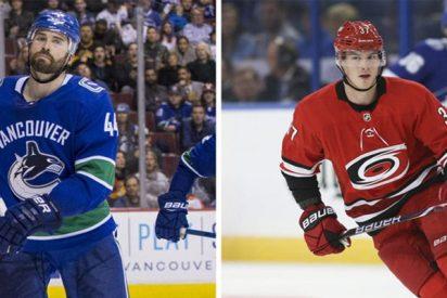 Así fue la frenética carrera de un jugador de hockey canadiense para cazar a un rival