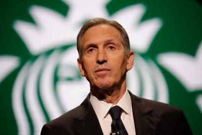 """Expresidente de Starbucks está pensando """"seriamente"""" ser candidato presidencial"""