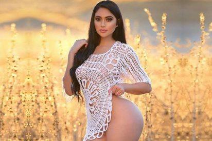 "Jailyne Ojeda viste un infartante bikini rojo para mostrar sus pies ""feos"""