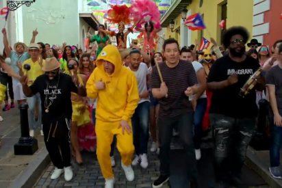 """Jimmy Fallon graba """"Tonight Show"""" con Lin-Manuel Miranda y Bad Bunny en Puerto Rico"""