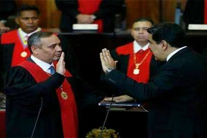 Los 7 segundos de confusión en la juramentación de Maduro que se hicieron virales