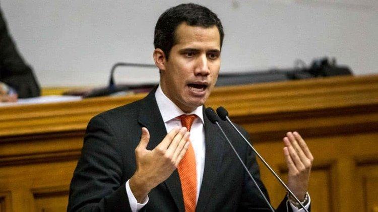 """Venezuela: Juan Guaidó se declara Presidente interino ante la """"usurpación"""" de Nicolás Maduro"""