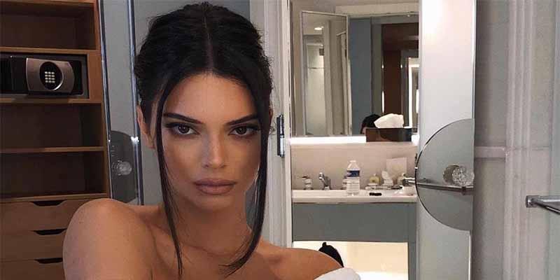 La bella Kendall Jenner presume de buen 'culete' en el jacuzzi