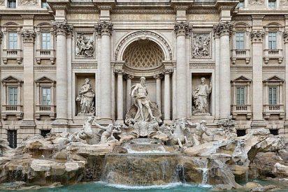 Cáritas seguirá recibiendo las monedas tiradas por los turistas en la Fontana di Trevi