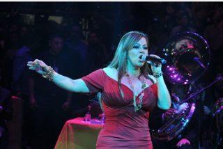 Vídeo: Así manosean a Jenni Rivera frente a Esteban Loaiza