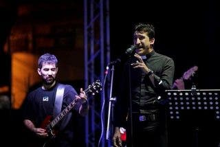 """""""La Voz del Desierto"""": Los curas españoles amantes de Metallica que llevarán su rock duro a la JMJ"""