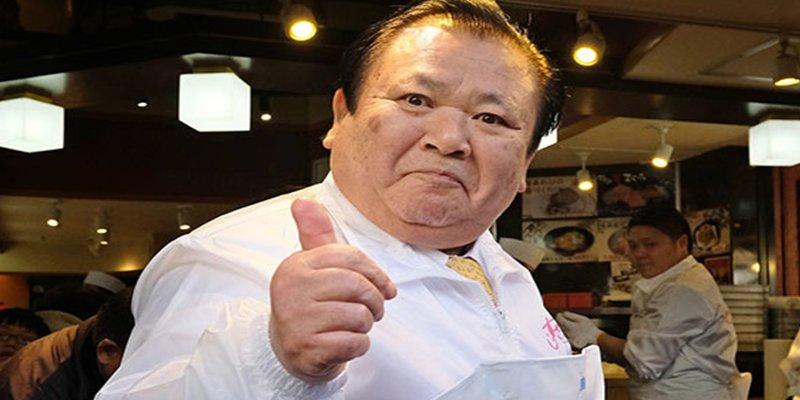 Este magnate del 'sushi' paga un precio récord de 3 millones de dólares por un atún gigante