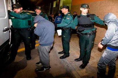 La Guardia Civil atrapa en plena faena a una 'manada' de jóvenes de origen ecuatoriano violando a una chica borracha