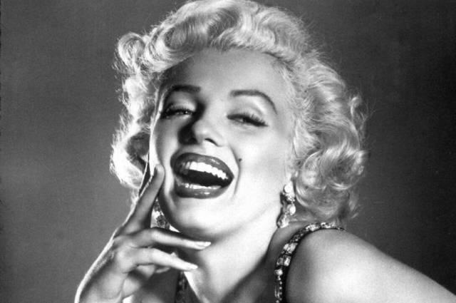 Así luciría Marilyn Monroe y otras celebridades con los retoques estéticos del siglo XXI