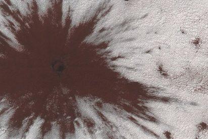 Descubren este enorme cráter en Marte ocasionado por el impacto de un meteorito