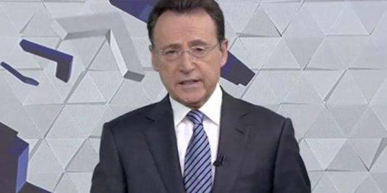 Matías Prats protagoniza el momento más surrealista que se recuerda en 'Antena 3 Noticias'