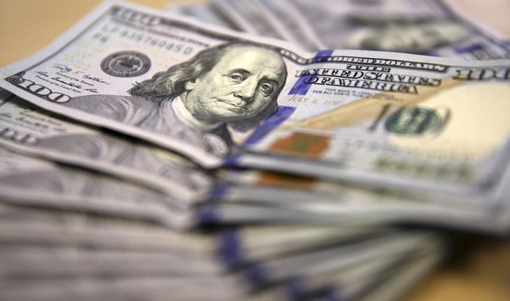 Beneficiarse de la fortaleza del dólar, con bajo riesgo