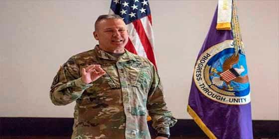 Llega a Colombia el General del Comando Sur de EE.UU. para tratar temas fronterizos