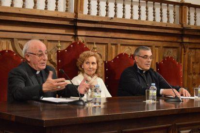 """Atilano: """"Cáritas no es la ONG de la Iglesia, es la Iglesia mostrando la cara de Dios"""""""