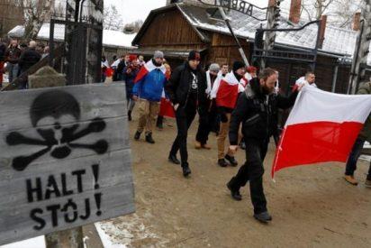 Cientos de nacionalistas polacos llaman a luchar contra los judíos en el Día del Holocausto en Auschwitz
