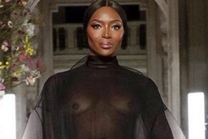 Naomi Campbell da el do de pecho con estas trasparencias