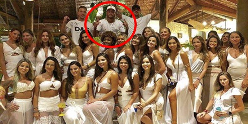 Neymar felicita el Año Nuevo rodeado de 26 mujeres en un exclusivo fiestón en Brasil