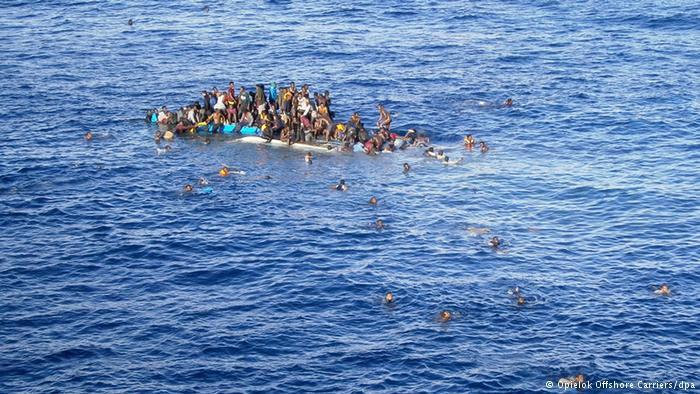 Los obispos de Malta lanzan un 'sos' para 49 migrantes abandonados en el Mediterráneo