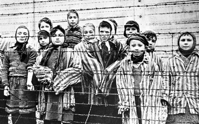 """Monseñor Argüello: """"El horror que provoca el Holocausto sigue siendo inmenso"""""""