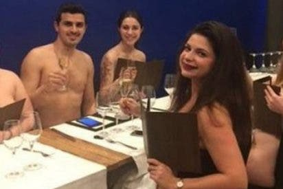 Este restaurante nudista de París cierra sus puertas... por falta de clientela