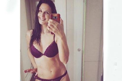 """Nuria Fergó responde a los 'ofendidos' por esta foto suya en ropa interior: """"¡Es carne, señores!"""""""