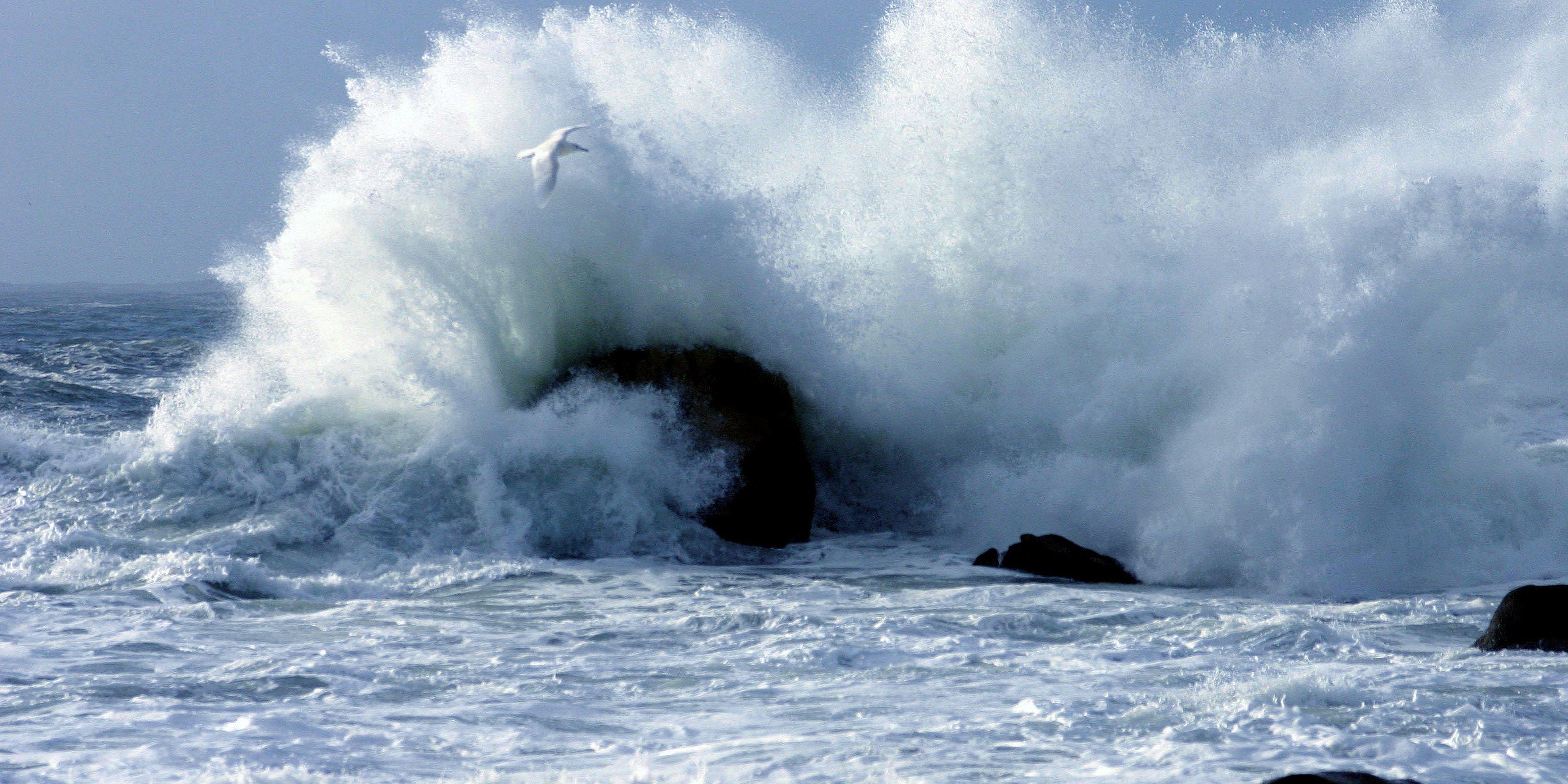 Muere ahogada tras ser arrastrada por una ola en Fuerteventura
