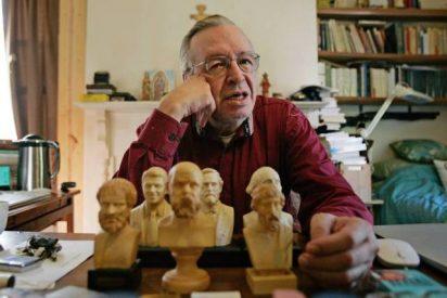 El singular gurú de Bolsonaro: Un astrólogo, bloguero y youtuber de 71 años