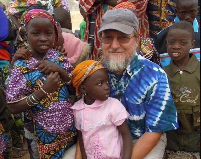 Se cumplen cuatro meses del secuestro del padre Maccalli en Níger