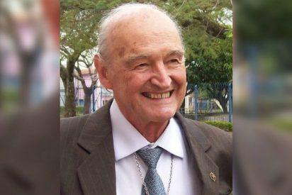 """Muere en Brasil el jesuita español y """"cazador de enigmas"""" Padre Quevedo"""