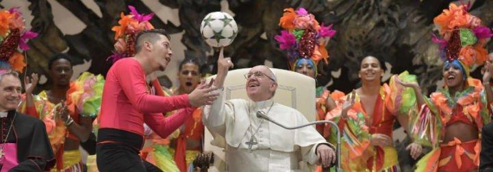 """El Papa recuerda, una vez más, que """"el Evangelio es revolucionario"""""""