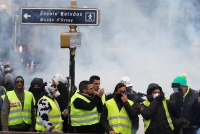 Piden prisión para el boxeador que golpeó a un policía durante las protestas en París