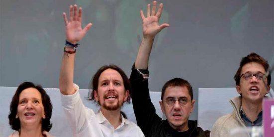 Pablo Iglesias y Monedero están de los nervios ante la posibilidad de que Carolina Bescansa empiece a 'cantar'