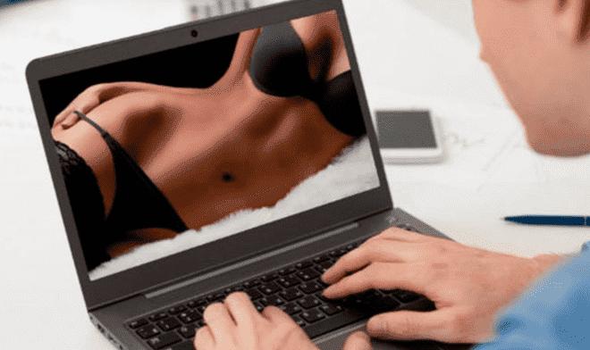Peliculas porno 2019 viejas Mira Una Vieja Pelicula Porno Pero En Realidad Era Un Video Sexual De Sus Padres Pd America