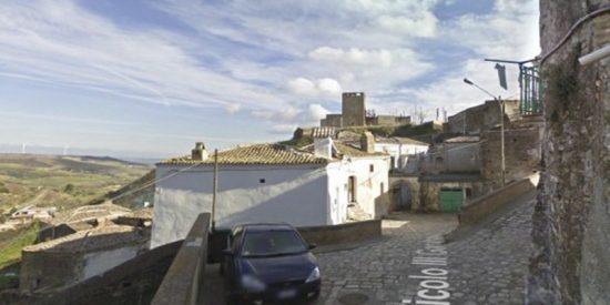 Oferta de trabajo: Se buscan candidatos para vivir en este pueblo en verano y cobrar 900 euros al mes