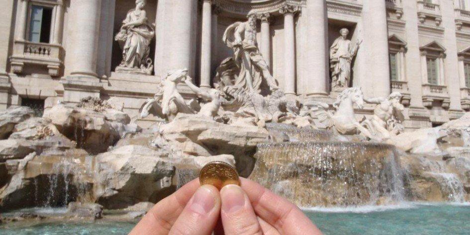 """""""Las monedas robadas a los pobres"""""""