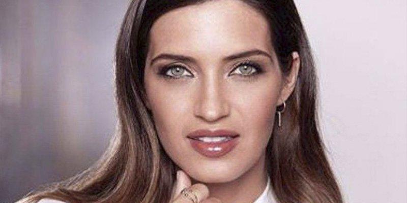 Pilar Rubio no es la única: la bella Sara Carbonero también tiene un tatuaje secreto debajo del tanga