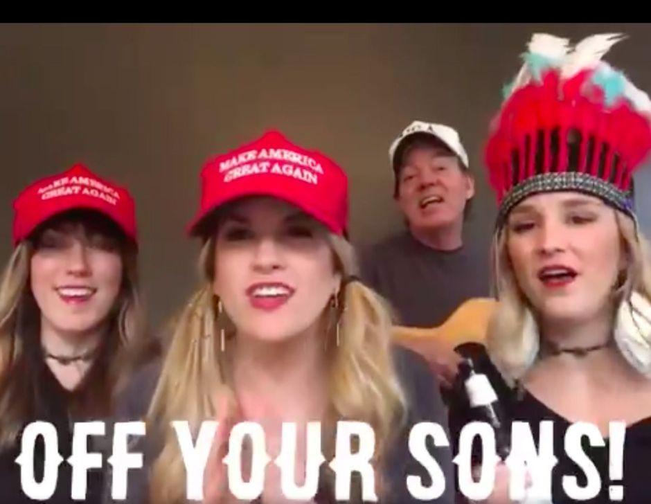 """Fans de Donald Trump cantan: """"los demócratas quieren los penes de tus hijos"""""""