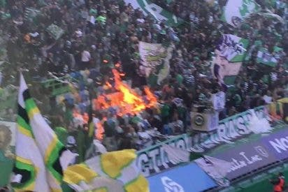 Hinchas incendian sus butacas en un partido entre Sporting de Lisboa y FC Porto