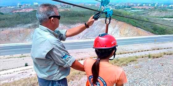 """""""Siguió de largo"""": La increíble razón por la cual murió un hombre al lanzarse por la tirolina más larga de Venezuela"""