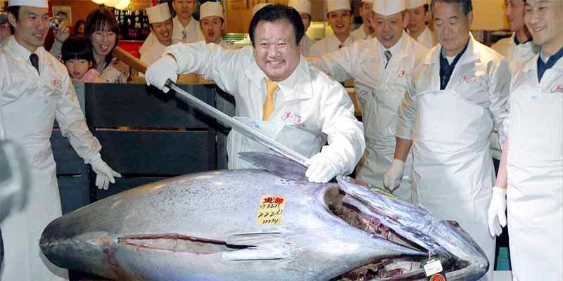 Venden en Tokio un atún de 275 kilos por la friolera de 2,7 millones de euros