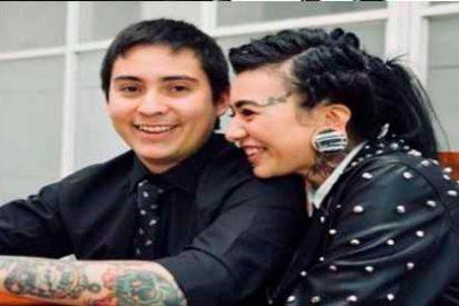 El caso de la youtuber que pidió ayuda por las redes tras ser desfigurada por su esposo, quien luego se suicidó